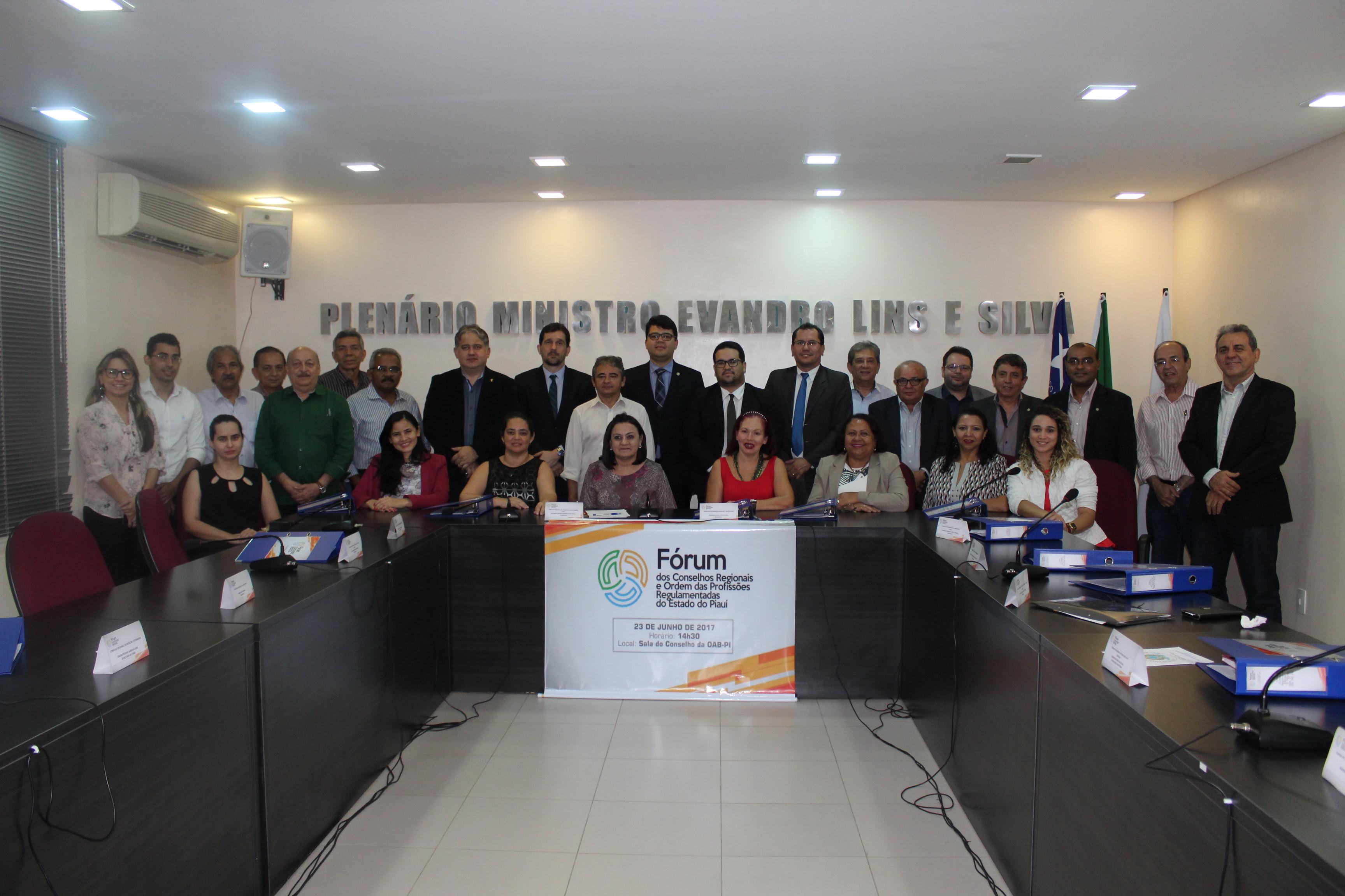 CRC-PI discute interesses profissionais em fórum de Conselhos e Ordem de classe