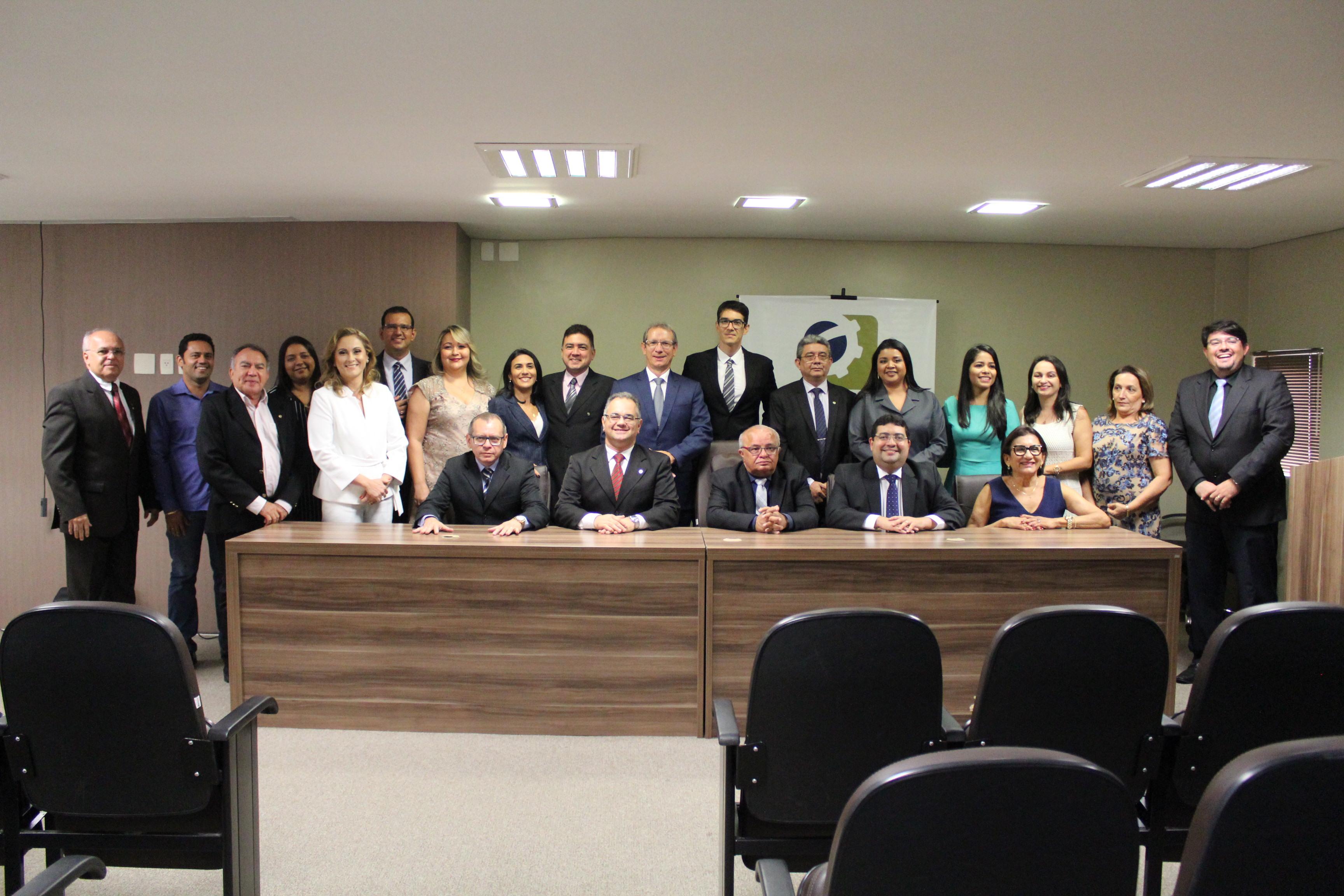 CRC-PI empossa novo Conselho e Diretoria