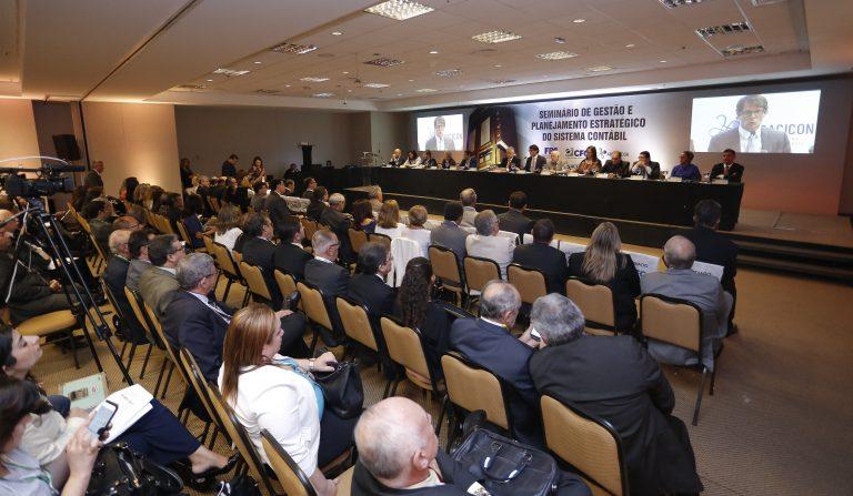 CFC, Fenacon e Receita Federal lança Fórum Nacional de Assuntos Tributários