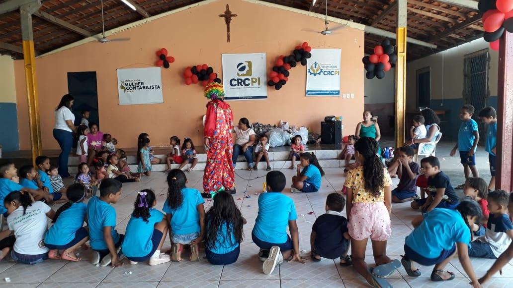 CRC-PI realiza ação social para 130 crianças do bairro Satélite