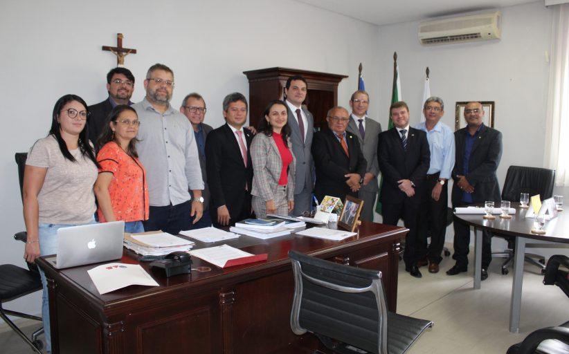 Reunião fortalece parceria entre contadores e advogados do Piauí