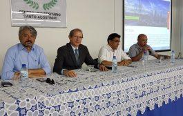 Profissionais participam de debates sobre perfil do contador e mercado de trabalho