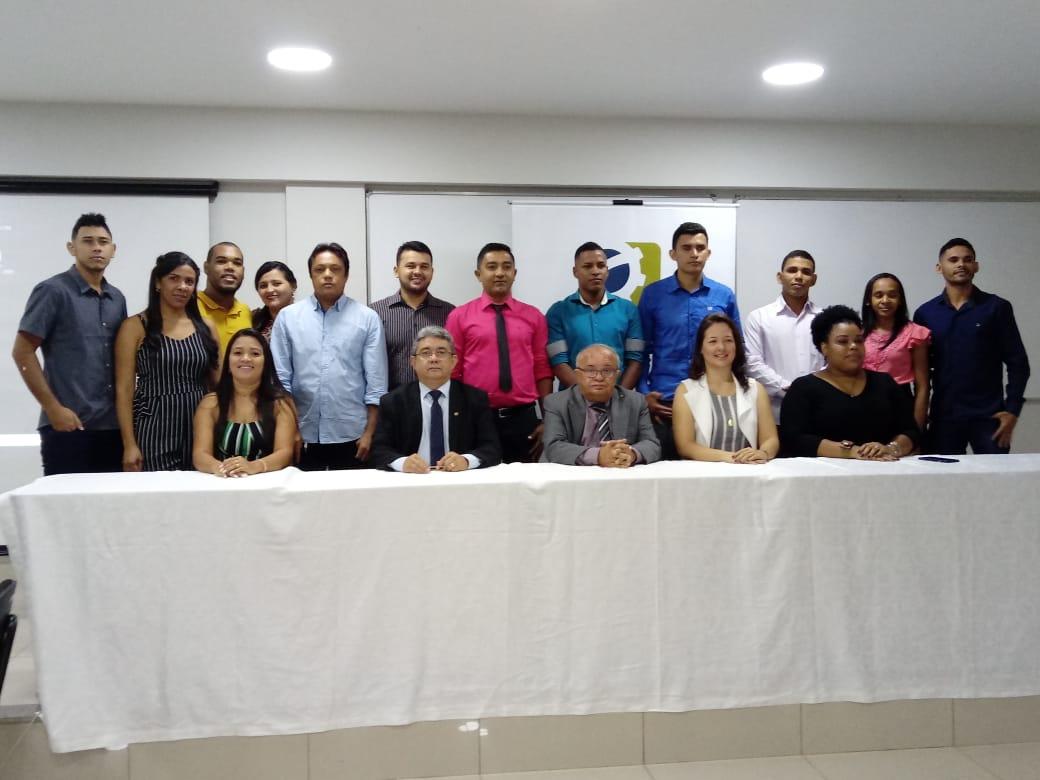 Formandos da Universidade Paulista visitam CRC