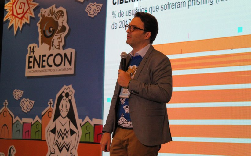 Palestra sobre Segurança Digital abre 3° dia de Enecon