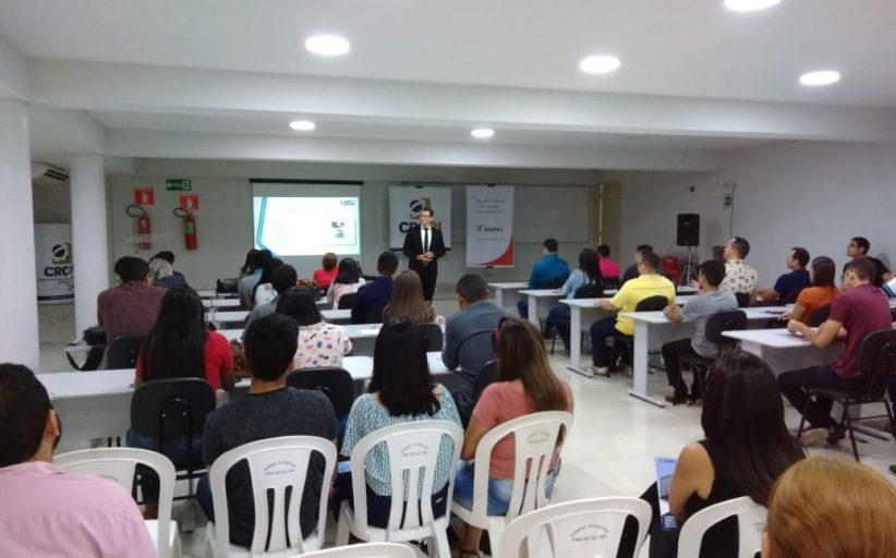 CRC realiza curso e doa alimentos a instituição beneficente