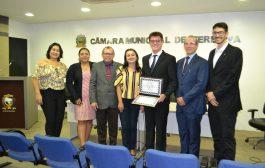 Membros do CRC-PI participam de solenidade de entrega do Título de Cidadania Teresinense a Valcemiro Nossa